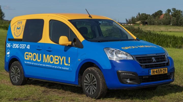 De elektrische Peugeot Partner van UVV Grou. (Foto: Jakob van Huizen)