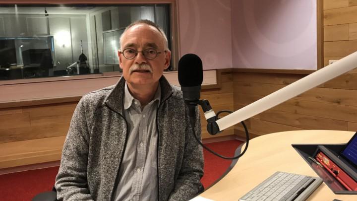 Ds. Helmer le Cointre verzorgde in 2018 een 'oertinking' voor Prelude van Omrop Fryslân.