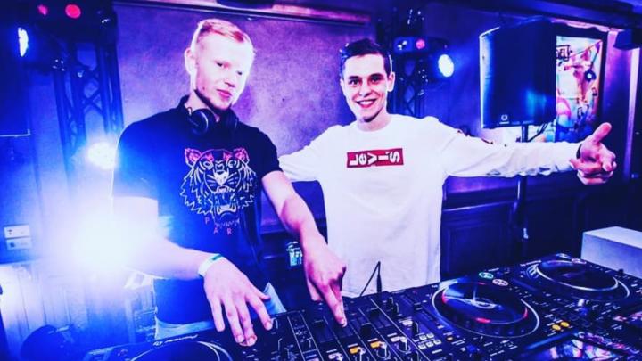 DJ's Deonastic & Hidde Hill.