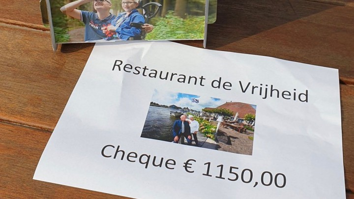 Afscheid De Vrijheid: € 1150,- voor Ronald McDonaldhoeve
