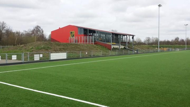 De sportaccommodatie van GAVC, aan de Burstumerdyk in Grou.
