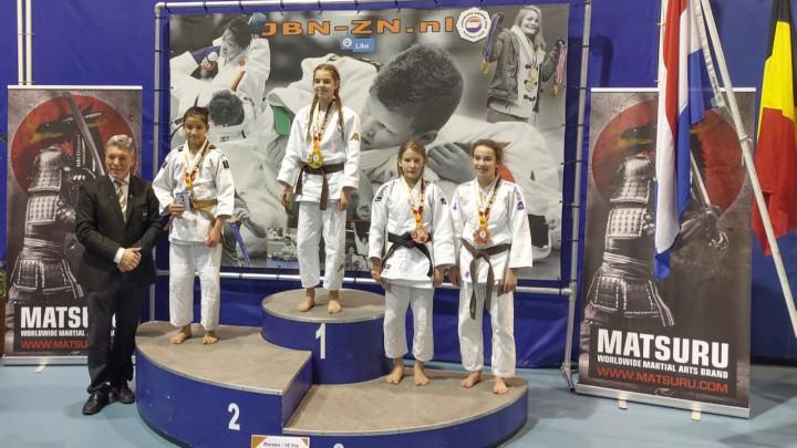 Judoka Milou Hendriks uit Grou won zaterdag in Eindhoven de Dutch Open.