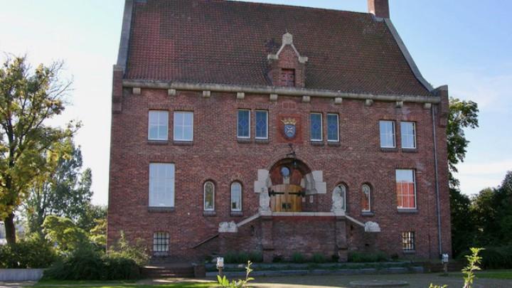 Museum 'Hert fan Fryslân' zit in het souterrain van het Riedhûs aan de Stationsweg.